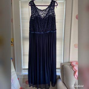 David's bridal bridesmaid dress with lace bodice